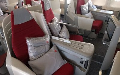 Hong Kong Airlines Latest New/Old Plane B-LHA J Class Review
