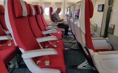 Hong Kong Airlines Economy Seating on 33T (Ex-Emirates Aircraft)
